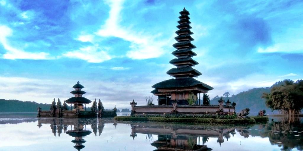 Explore Bali Utara 2d1n